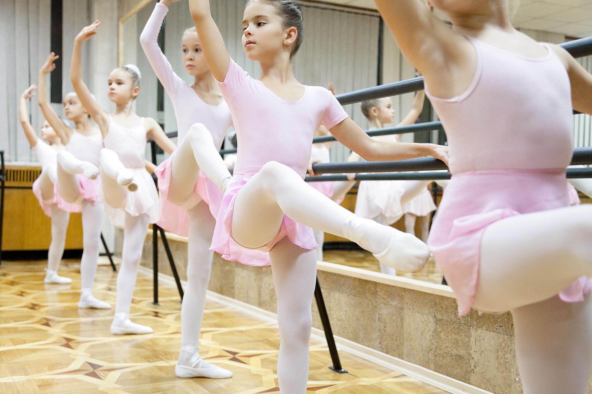 groupon dance