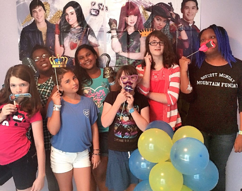 Descendants 2 Movie Viewing Party touristmom.com